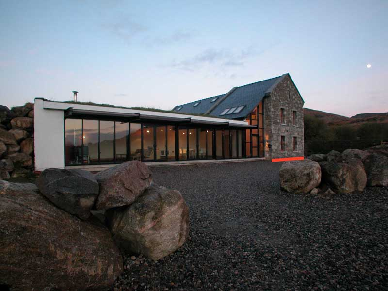 House design in rural ireland narrowplan mark stephens for Online architects for hire